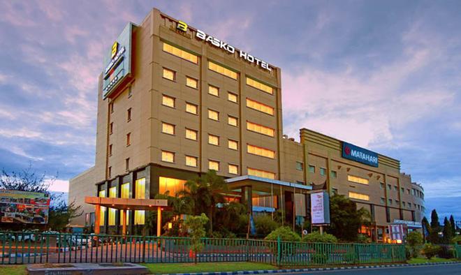 Premier Basko Hotel Padang - Padang - Building