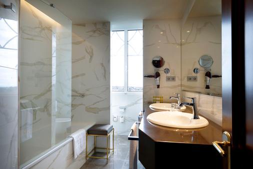 Eurostars Hotel Real - Thành phố Santander - Phòng tắm