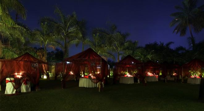 Hotel Express Residency - Vadodara - Restaurant