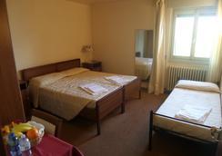 Hotel La Sorgente - Plesio - Bedroom