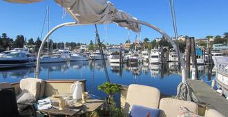 Wharfside Bed & Breakfast - Friday Harbor - Outdoors view