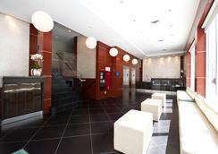 Wyndham Garden Long Island City - Κουίνς - Σαλόνι ξενοδοχείου