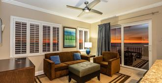Shephard's Beach Resort - Clearwater Beach - סלון