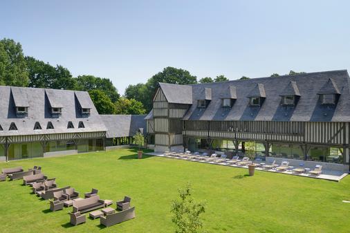 Les Manoirs de Tourgéville - Deauville - Rakennus