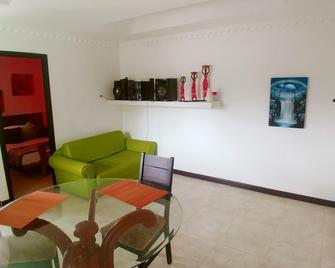 Harold's Place - San Andrés - Huiskamer