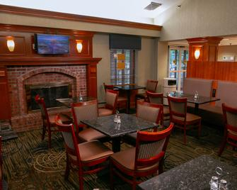 Clarion Inn Pittsburgh Cranberry - Cranberry Township - Dining room
