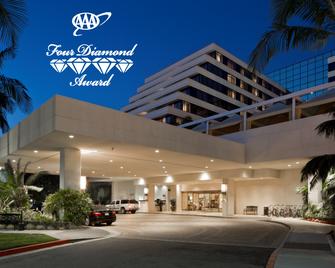 Renaissance Newport Beach Hotel - Newport Beach - Building