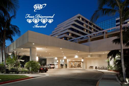 Renaissance Newport Beach Hotel - Newport Beach - Rakennus