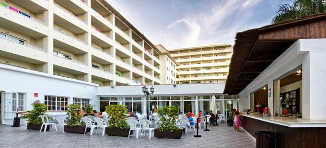 大鵬科斯塔公園酒店 - 托雷莫里諾斯 - 多列毛利諾斯 - 建築