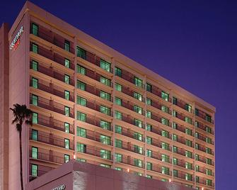 Courtyard by Marriott Los Angeles Sherman Oaks - Sherman Oaks - Gebouw