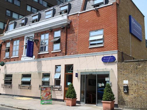 Eurotraveller Hotel Express - London - Building