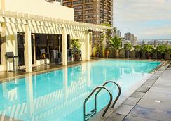 Armada Hotel Manila - Manila - Pool