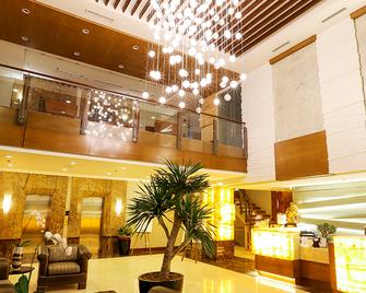 Armada Hotel - Маніла - Lobby
