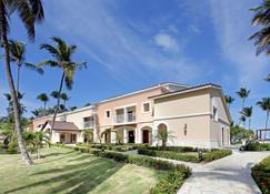 Grand Palladium Bavaro Suites Resort & Spa - Punta Cana - Building