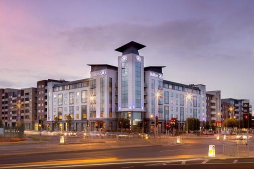 Hilton Dublin Airport - Dublin - Building