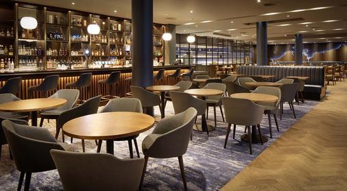 Hilton Dublin Airport - Dublin - Bar