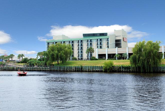 Riverwalk Inn & Suites - Myrtle Beach - Edificio