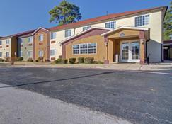Hometown Inn & Suites - Longview - Outdoor view