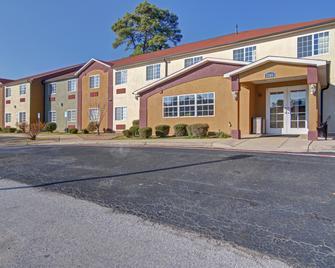 Hometown Inn & Suites - Longview - Θέα στην ύπαιθρο