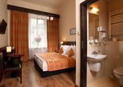 Spatz Aparthotel - Krakau - Schlafzimmer
