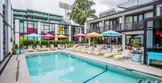 The Verb Hotel - Boston - Piscina