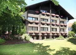 Hotel Garni Bellevue - Bad Fussing - Rakennus