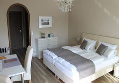 Hotel Garni Bellevue - Bad Fuessing - Bedroom
