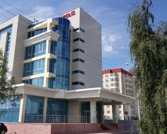 Hotel Metropolis - Surgut - Building