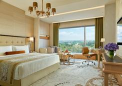 Shangri-La Hotel, Bengaluru - Bangalore - Makuuhuone