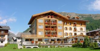 Hotel Spol - feel at home - Livigno - Building
