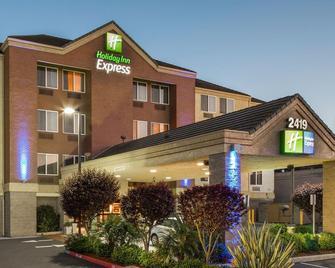 Holiday Inn Express Castro Valley - Castro Valley - Building