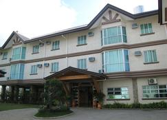 Chocolate and Berries Hotel - Baliuag - Building