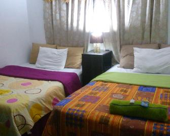Hotel Colonial Maya - Guatemala City - Bedroom