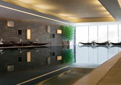 Hong Kong SkyCity Marriott Hotel - Hong Kong - Piscina