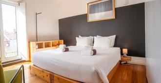 Out Of The Blue - Ponta Delgada Azoren - Schlafzimmer