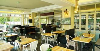 Blue Palace Hotel & Family - מרמריס - מסעדה