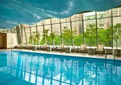Millennium Hilton New York Downtown - Нью-Йорк - Бассейн