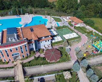 Gardenland Resort - Scutari - Edificio