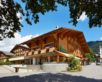 Hotel Gstaaderhof - Alpine tradition. Young spirit. - Gstaad - Building