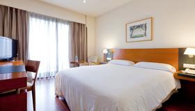 セナター バラハス - マドリード - 寝室