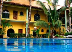 Hotel Oaxtepec - Oaxtepec - Building