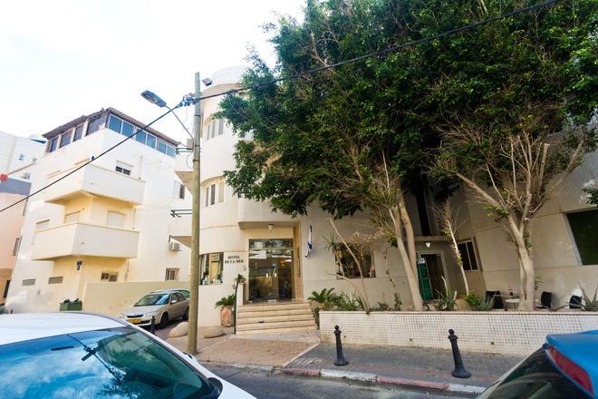 De La Mer Hotel - by Zvieli Hotels - Tel Aviv - Building