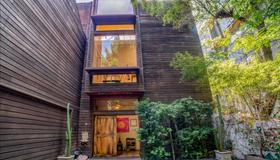 The Treehouse, Bel Air - A Vegan Villa - Los Angeles - Bygning