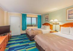 Quality Inn & Suites Cocoa Beach - Cocoa Beach - Κρεβατοκάμαρα