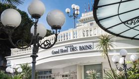 德斯巴恩斯大酒店 - 里喬內 - 瑞吉歐 - 建築