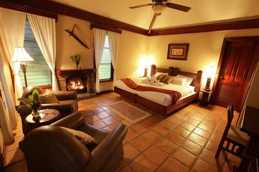 Hidden Valley Inn & Reserve - San Ignacio - Makuuhuone