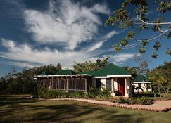 Hidden Valley Inn & Reserve - San Ignacio - Building