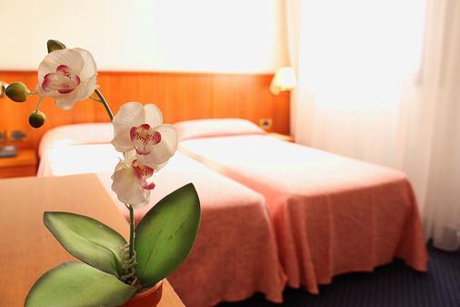 Hotel Kappa - Venice - Bedroom