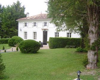 Domaine de La Grande Motte - Saint-Fort-sur-Gironde - Building
