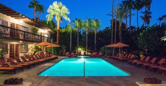 Santiago Resort - A Gay Men's Swimsuit Optional Resort - Palm Springs - Pool